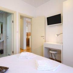Отель Sarap apartments Budva Черногория, Будва - отзывы, цены и фото номеров - забронировать отель Sarap apartments Budva онлайн сейф в номере