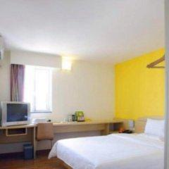 Апартаменты 7 Days Luohu Subway Station Branch Apartments комната для гостей