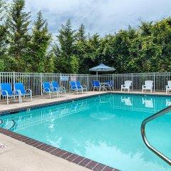 Отель Best Western Gastonia бассейн