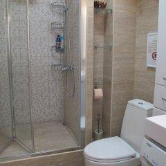 Гостиница на ул. Шкиперской, 9, 304 в Сочи отзывы, цены и фото номеров - забронировать гостиницу на ул. Шкиперской, 9, 304 онлайн ванная