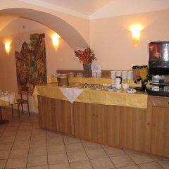 Отель Residence Select & Apartments Чехия, Прага - отзывы, цены и фото номеров - забронировать отель Residence Select & Apartments онлайн питание