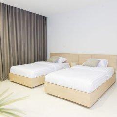 Отель The Silver Palm Rama 9 - Bangkok сейф в номере