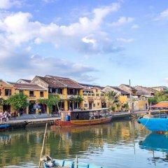 Отель Nha Lan Homestay Хойан приотельная территория