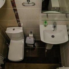 Отель Guest house Altay Кыргызстан, Каракол - отзывы, цены и фото номеров - забронировать отель Guest house Altay онлайн ванная фото 2