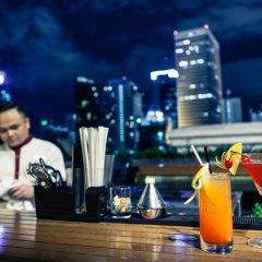 Mövenpick Hotel Sukhumvit 15 Bangkok гостиничный бар