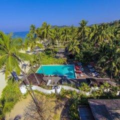 Отель Amara Ocean Resort бассейн