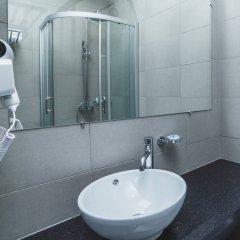 Гостиница AQUAMARINE Hotel & Spa в Курске 4 отзыва об отеле, цены и фото номеров - забронировать гостиницу AQUAMARINE Hotel & Spa онлайн Курск ванная фото 2