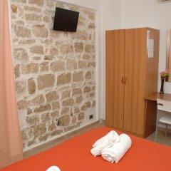 Отель B&B L'Antica Torre Поццалло удобства в номере