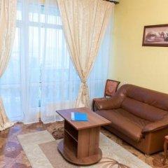 Гостиница Оазис комната для гостей фото 7