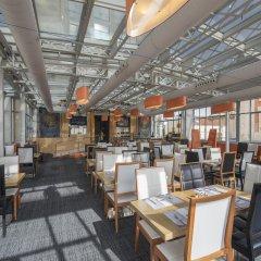Отель Petit Palace Alcalá гостиничный бар