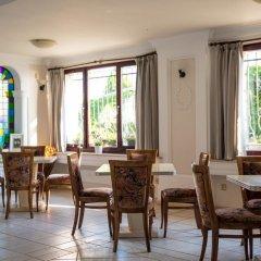Отель Виктория Отель Болгария, Несебр - отзывы, цены и фото номеров - забронировать отель Виктория Отель онлайн питание фото 2