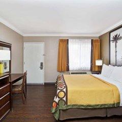 Отель Super 8 by Wyndham Los Angeles-Culver City Area комната для гостей фото 5