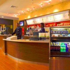 Отель Courtyard New York LaGuardia Airport США, Нью-Йорк - отзывы, цены и фото номеров - забронировать отель Courtyard New York LaGuardia Airport онлайн питание