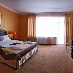 Гостиница Barton Park в Алуште 8 отзывов об отеле, цены и фото номеров - забронировать гостиницу Barton Park онлайн Алушта комната для гостей фото 5