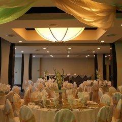 Отель Century Plaza Hotel & Spa Канада, Ванкувер - отзывы, цены и фото номеров - забронировать отель Century Plaza Hotel & Spa онлайн помещение для мероприятий фото 2