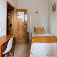 Отель Hostal Estela Испания, Мадрид - отзывы, цены и фото номеров - забронировать отель Hostal Estela онлайн сейф в номере