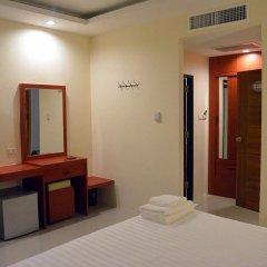 Отель Krabi P.N. Boutique House сейф в номере