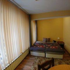 Отель Studio Central Square Болгария, Пловдив - отзывы, цены и фото номеров - забронировать отель Studio Central Square онлайн комната для гостей фото 3