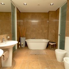 Апартаменты Vilnius Apartments & Suites Gedimino Ave Вильнюс ванная