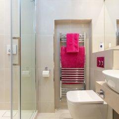 Отель Kensington 2 Bedroom Home Великобритания, Лондон - отзывы, цены и фото номеров - забронировать отель Kensington 2 Bedroom Home онлайн ванная фото 2