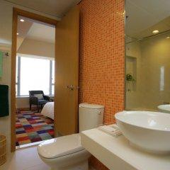 Отель COZi · Harbour View (Previously Newton Place Hotel ) Китай, Гонконг - отзывы, цены и фото номеров - забронировать отель COZi · Harbour View (Previously Newton Place Hotel ) онлайн ванная