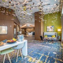 Отель Global Luxury Suites at Woodmont Triangle South питание