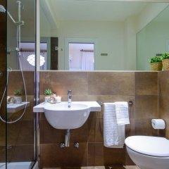 Hotel Esplanade Римини ванная