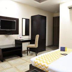 Отель FabHotel Aksh Palace Golf Course Road комната для гостей фото 3