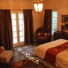 Отель Cinema Suites Bed & Breakfast США, Лос-Анджелес - отзывы, цены и фото номеров - забронировать отель Cinema Suites Bed & Breakfast онлайн комната для гостей фото 5