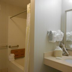 Отель Hilton Garden Inn Columbus Airport ванная