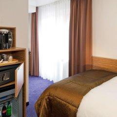 Отель Mercure Stoller Цюрих сейф в номере