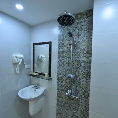 Отель Ibiz City Hostel Вьетнам, Ханой - отзывы, цены и фото номеров - забронировать отель Ibiz City Hostel онлайн ванная