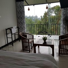 Отель Us Holiday Resort балкон