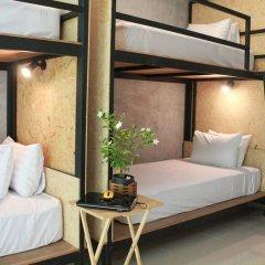 Отель Eat n Sleep Таиланд, Пхукет - отзывы, цены и фото номеров - забронировать отель Eat n Sleep онлайн комната для гостей фото 3