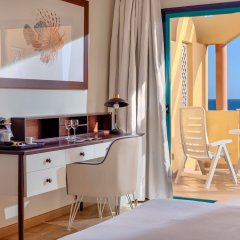 Отель H10 Sentido Playa Esmeralda - Adults Only удобства в номере