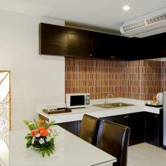 Отель Kata Sea Breeze Resort в номере