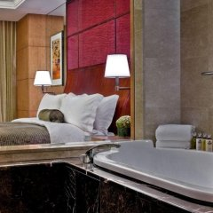 Отель Shangri-La Tokyo Япония, Токио - 2 отзыва об отеле, цены и фото номеров - забронировать отель Shangri-La Tokyo онлайн ванная
