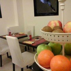Отель La Contrada Италия, Вербания - отзывы, цены и фото номеров - забронировать отель La Contrada онлайн питание фото 2