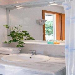 Отель Daphne Holiday Club Греция, Халкидики - 1 отзыв об отеле, цены и фото номеров - забронировать отель Daphne Holiday Club онлайн ванная