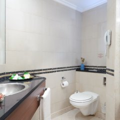 Отель Leonardo City Tower Рамат-Ган ванная