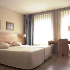 Отель Infanta Mercedes комната для гостей