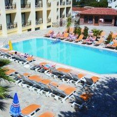 Отель Esat Otel бассейн
