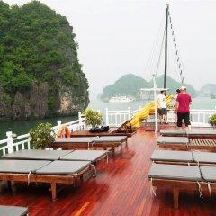 Отель Marguerite Cruises Вьетнам, Халонг - отзывы, цены и фото номеров - забронировать отель Marguerite Cruises онлайн приотельная территория фото 2