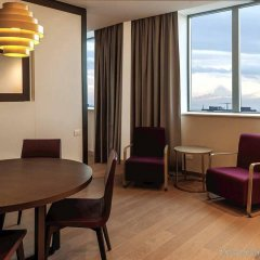 DoubleTree by Hilton Hotel Yerevan City Centre комната для гостей фото 5