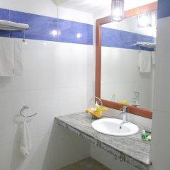 Отель Oasey Beach Resort Шри-Ланка, Бентота - отзывы, цены и фото номеров - забронировать отель Oasey Beach Resort онлайн ванная