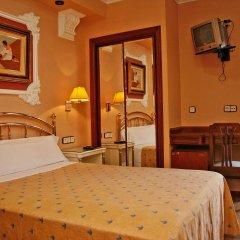 Отель Hostal Victoria III комната для гостей фото 3