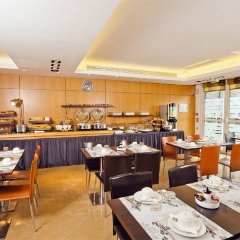 Residhome Appart Hotel Paris-Massy питание фото 3
