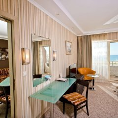 Grand Hotel Pomorie комната для гостей фото 5