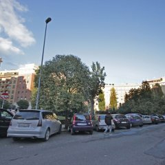 Отель Cozy & Lively Vatican Apartment Италия, Рим - отзывы, цены и фото номеров - забронировать отель Cozy & Lively Vatican Apartment онлайн парковка