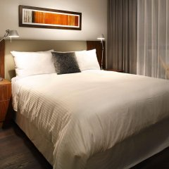 Отель LEVEL Furnished Living Yaletown Seymour Канада, Ванкувер - отзывы, цены и фото номеров - забронировать отель LEVEL Furnished Living Yaletown Seymour онлайн комната для гостей фото 2